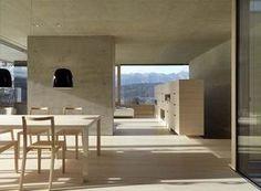 ナチュラルウッドとコンクリート部屋