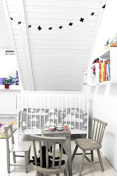 kids room. white. grey. cool. nordic.