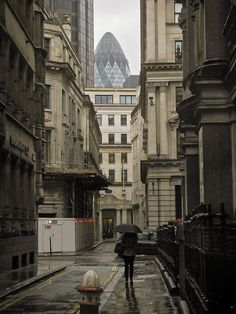 Rainy Day, London  photo via vagabond