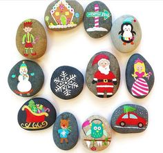 christmas paintings Christmas painting on stones and pebbles: 125 ideas for creativity with children Christmas Door Decorations, Christmas Mantels, Christmas Themes, Christmas Crafts, Christmas Ornaments, Christmas Rock, Natural Christmas, Outdoor Christmas, Rock Painting Ideas Easy