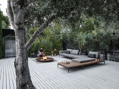 gloster grid seating. outdoor space.