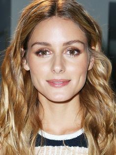 At the Prabal Gurung show, Olivia Palermo went light on the blush and bronzer but opted for a gorgeous glittery brown shadow.