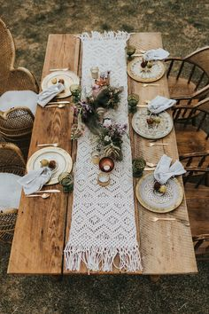 boho tablescape wedding boho Whimsical Wedding Inspiration with Boho Luxe Style Wedding Table, Rustic Wedding, Wedding Reception, Wedding Desert, Dream Wedding, Reception Ideas, Wedding Venues, Glamorous Wedding, Autumn Wedding