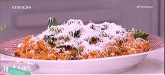 Κριθαροτό με φέτα και σπανάκι Macaroni And Cheese, Cereal, Breakfast, Ethnic Recipes, Food, Morning Coffee, Mac And Cheese, Essen, Meals