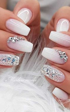 Best glitter nail designs 2019 : Looking for something bling something extra glam to complete your outfits? Why not consider nail art with glitter! Whether coffin nails, short nails, almond. Silver Nail Designs, Nail Art Designs Images, Nail Art Design Gallery, Simple Nail Art Designs, Classy Nails, Simple Nails, Trendy Nails, Nail Art Blanc, Summer Gel Nails