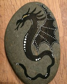 """Glow in the dark paint"" Pebble Painting, Dot Painting, Pebble Art, Stone Painting, Mandala Painting, Painted Rock Animals, Painted Rocks, Rock Painting Designs, Paint Designs"