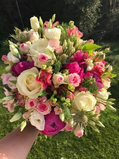 Wedding Flower Arrangements Assortment of beautiful flowers Floral Bouquets, Wedding Bouquets, Wedding Flowers, Beautiful Flower Arrangements, Floral Arrangements, Beautiful Roses, Beautiful Flowers, Deco Floral, Flowers Nature