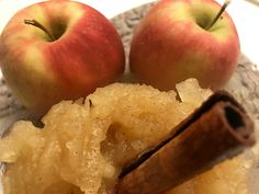 Eplemos med kanel, vanilje og ingefær – Henriettes matblogg Chutney, Pesto, Vanilje, Dips, Food And Drink, Apple, Dressing, Sauces, Chutneys