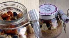 Ricette-in-barattolo-preparato-per-vin-brulè Diy Gifts In A Jar, Jar Gifts, Homemade Gifts, Diy Christmas Gifts, Xmas, Sweet Jars, Meals In A Jar, Winter Food, Diy Food