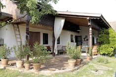 Country Style Homes, Cottage Homes, Traditional House, Countryside, Architecture Design, House Plans, Pergola, Outdoor Structures, House Styles