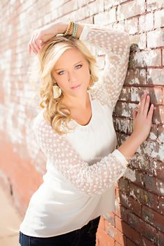 Senior Picture Ideas For Girls | Senior girl http://kerihamiltonphotography.com ... | photo ideas