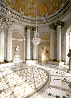 The Gold Room at Sanssouci Palace in Potsdam Roman Architecture, Architecture Details, Interior Architecture, Beautiful Buildings, Beautiful Homes, Interior Decorating, Interior Design, Interior Ideas, Old World Charm