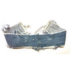 Tour de cou en détresse Jean Levi ($12) ❤ liked on Polyvore featuring jeans, adjustable necklace, choker necklace and choker jewelry