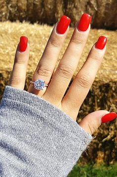 Cushion cut engagement rings can look not only modern but also vintage very popular among brides. Ready to choose an amazing ring Click