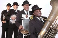 O quarteto Original Street Band apresenta clássicos do jazz, funk e MPB no Sesc Santo Amaro, neste fim de semana.  Serão dois espetáculos, um no sábado, 8, às 17h e outro no domingo, 9, às 14h, com entrada Catraca Livre.