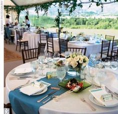 Google Image Result for http://photos.weddingbycolor-nocookie.com/p000013679-m157121-p-photo-410955/table-decor.jpg