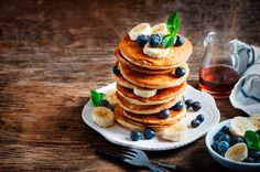 Don't be surprised if people ask for seconds. Pancake Day Shrove Tuesday, Beginning Of Lent, Kitchen Cupboards, Rum, Breakfast Recipes, Pancakes, Tasty, Banana, Cocktails