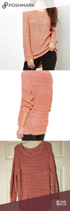 "Free People Star Dune Dusty Peach Pullover Sweater Beautiful Free People Women's dusty peach color Star Dune marled long sleeve crewneck sweater.  Nice!  Size:   S Material:  76% Cotton/11% Acrylic/8% Rayon/5% Nylon                  Approximate Measurements (when laid flat): Bust (pit to pit):  18"" Length (shoulder to hem):  27"" Free People Sweaters Crew & Scoop Necks"