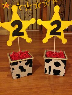 40 ideas de decoración para cumpleaños Toy Story - Toys for years old happy toys Toy Story Party, Fête Toy Story, Toy Story Theme, Woody Birthday, 2 Birthday, Toy Story Birthday, 3rd Birthday Parties, Birthday Ideas, Toy Story Centerpieces