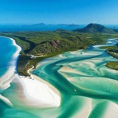 Whitehaven Beach Queensland Australia. Part of the Whitsundays this beautiful archipelago of islands is located on the Great Barrier Reef. A stunningly beautiful part of the world! #followforfollow #follow4follow #followme #follow #whitehavenbeach #whitsundays #qld #australia #greatbarrierreef #tropical #beautiful #instatravel #wanderlust #ianstatravel #travel #stunning #beach by ianstatravel http://ift.tt/1UokkV2