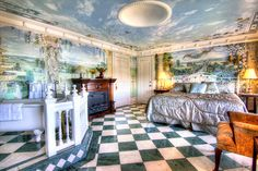 Veneto Suite @ The Gingerbread Mansion Bed and Breakfast   400 Berding St., Ferndale, CA