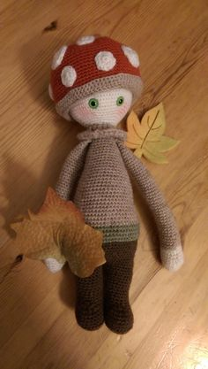 PAUL the toadstool made by Britta K. / crochet pattern by lalylala