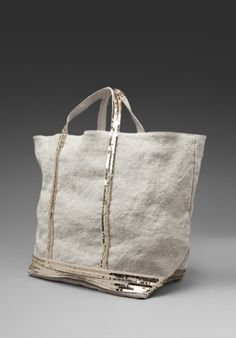 Shop for Athe by Vanessa Bruno Linen Stone Washed Tote in Sable at REVOLVE. My Bags, Purses And Bags, Cabas Vanessa Bruno, Casual Chique, Jute Bags, Summer Bags, New Bag, Casual Bags, Mode Style