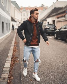 25 Outfits you should copy from this influencer! - Mr Streetwear Magazine - 25 Outfits you should copy from this influencer! – Mr Streetwear Magazine 25 Outfits you should copy from this influencer! Winter Mode Outfits, Winter Fashion Outfits, Casual Outfits, Fashion Ideas, Converse Outfits, Fashion Vest, Cowboy Outfits, Fashion Hoodies, Fashion Guide