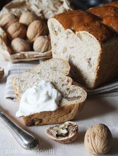 Profumi in cucina: World Bread Day ... Pane al latte e noci