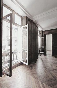 Aluminiumfenster kannst Du heute in fast allen Farben bekommen. Am besten schaust Du mal in der großen Ausstellung von HolzLand Beese in Unna vorbei!
