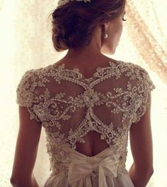 Stunning Wedding Dresses by Anna Campbell 2013 						A new collection of exquisite wedding dresses 2013 from the famous Australian designer ...