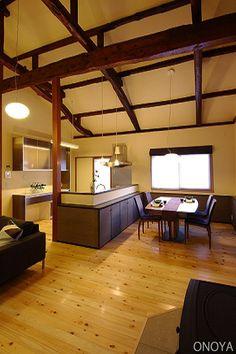 Pin by Masako Oiyama on インテリア Japanese House, House Roof, Beams, Architecture, Modern, Inspiration, Furniture, Home Decor, Interiors