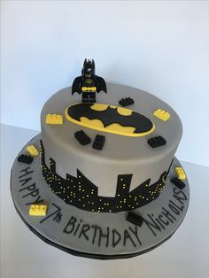 Lego Batman cake for boy's Lego Batman birthday party!
