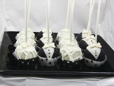 These Ridiculously Adorable Cake Pops Will Make Your Wedding