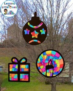 Christmas Silhouette Window Decorations - Lessons for Little Ones by Tina O'Block - Christmas Classroom Ideas Easy Christmas Crafts, Christmas Projects, Kids Christmas, Christmas Crafts For Kids To Make Toddlers, Kindergarten Christmas Crafts, Christmas Templates, Christmas Window Decorations, Theme Noel, Preschool Art