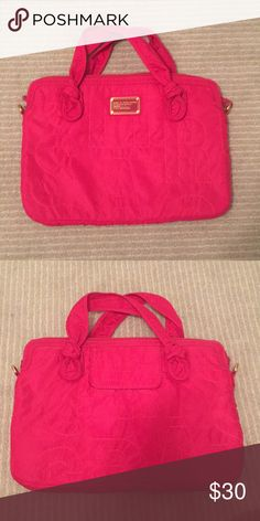 Marc Jacobs Laptop Case Fits 15in computer. Soft cushion inside Marc Jacobs Bags Laptop Bags