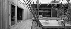 Image 2 of 34 from gallery of Pirates Bay House / O'Connor and Houle Architecture. Photograph by Earl Carter