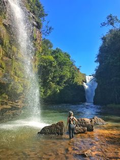 Brazil Tourism, Brazil Travel, Places To Travel, Places To Go, Waterfall Photo, Mountain Photos, Beautiful Places In The World, Nature Photos, Dream Vacations