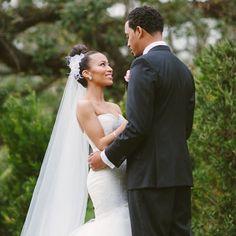 love in her eyes. dark roux photography. #weddings #oba