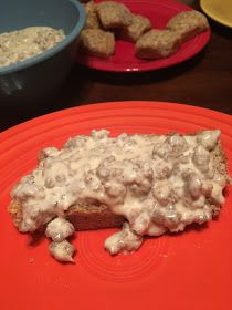 """3 Sisters Losing It!: """"Biscuits"""" and Gravy - Yes they are low carb! Added a splash of Worcestershire sauce and lots of black pepper and a tiny amount of xanthum gum Low Carb Meal Plan, Low Carb Lunch, High Protein Low Carb, Low Carb Breakfast, Low Carb Diet, Breakfast Ideas, Keto Foods, Ketogenic Recipes, Low Carb Recipes"""