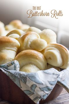 These Butterhorn Rolls will absolutely melt in your mouth! 2019 These Butterhorn Rolls will absolutely melt in your mouth! The post These Butterhorn Rolls will absolutely melt in your mouth! 2019 appeared first on Rolls Diy. Bread Bun, Bread Rolls, Butter Horns, Bread Recipes, Cooking Recipes, Bread And Pastries, Dinner Rolls, Bread Baking, Bread Food