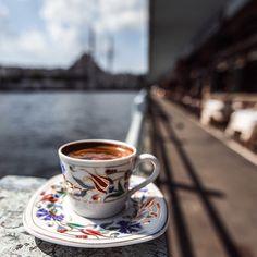 """""""Istanbul, time for a coffee  @365ist takip et, bugüne özel yeni sezon ürünlerde geçerli %20 indirim kazan!  www.365ist.com İndirim kodu: insta365ist…"""""""