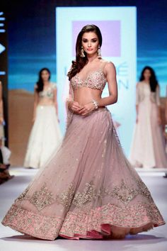 Elegance is this! *_* Amy jackson at Anushree Reddy's during the Lakme Fashion Week/ Winter Festive 2015 Indian Bridal Outfits, Indian Designer Outfits, Indian Dresses, Bridal Dresses, Amy Jackson, Lehenga Designs, Lakme Fashion Week, Fashion Moda, Simple Lehenga