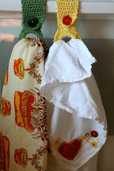 How to Crochet a Kitchen Towel Holder