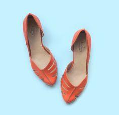 Vente ! 25 % de réduction ! Pompes de corail. Modèle Billy. Chaussures de femmes à la main. Chaussures en cuir. Talons de femmes. Livraison gratuite. par LieblingShoes sur Etsy https://www.etsy.com/fr/listing/227525595/vente-25-de-reduction-pompes-de-corail
