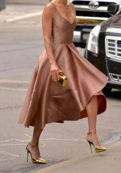 Gorgeous blush color, glove fit, perfect length