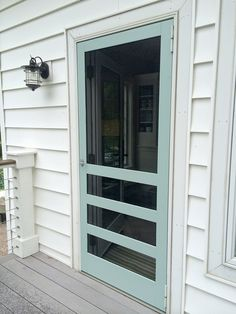 Ideas screen door makeover home for 2019 Wood Screen Door, Sliding Screen Doors, Wooden Screen, Screened Porch Doors, Screened Porch Decorating, Front Porches, Country Porches, Southern Porches, Entrance Doors