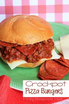 Crockpot Pizza Burgers - Ground beef slow cooks in pizza sauce and pepperoni for these awesome burgers that are ready when your busy family is for dinner! dog food recipes ground beef Crockpot Pizza Burgers - Mostly Homemade Mom Crock Pot Slow Cooker, Crock Pot Cooking, Slow Cooker Recipes, Crockpot Recipes, Dog Food Recipes, Cooking Recipes, Crockpot Dishes, Casserole Recipes, Yummy Recipes