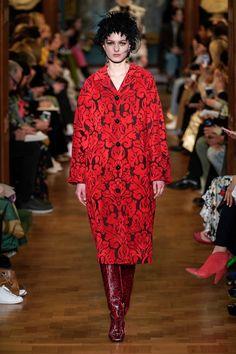 Erdem Fall 2019 Ready-to-Wear Collection - Vogue Vogue Paris, Lanvin, Fashion Week, Womens Fashion, Fashion Trends, Ladies Fashion, Fashion Art, Winter Fashion, Erdem Moralioglu