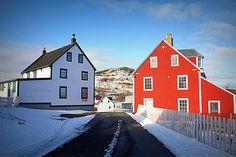 We ♥ Newfoundland Newfoundland And Labrador, Newfoundland Canada, Beautiful Vacation Spots, Saltbox Houses, Atlantic Canada, New Brunswick, Travel Memories, Canada Travel, Nova Scotia